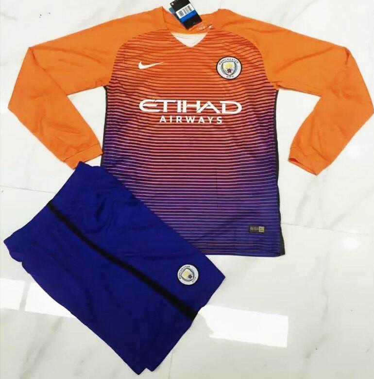 Футбольная форма Манчестер Сити 2016-2017 оранжевая