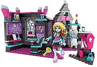 Конструктор Mega Bloks Monster High класс с Лагуной Блю