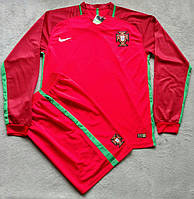 Футбольная форма Португалия 2016-2017 красная