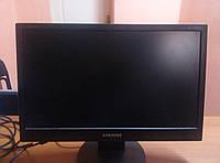 Монитор Samsung 943SN (есть 2 царапины)