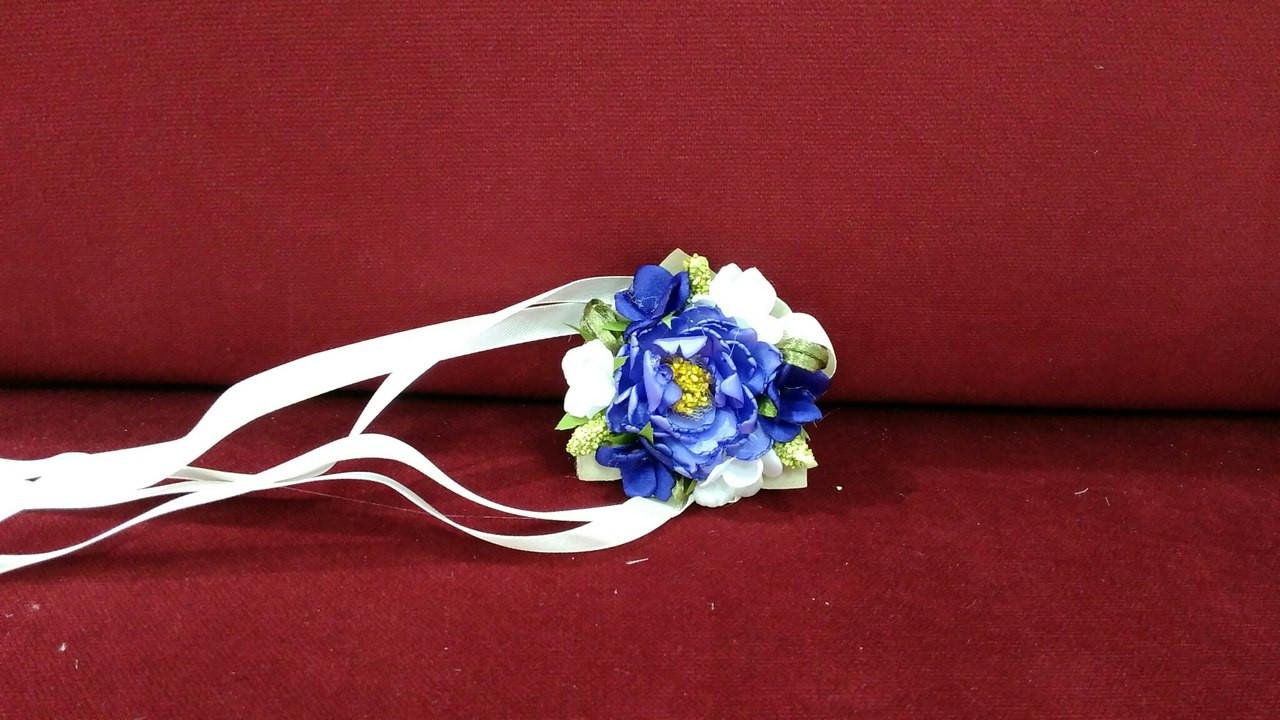 Цветочный браслет фиолетовый (бутоньерка на руку)