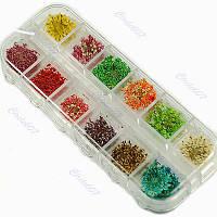 Сухоцветы для заливки смол в удобной пластиковой коробке,ок.55-60 шт.