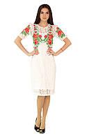 Плаття вишите жіноче, білого кольору з червоною вишивкою, на короткий рукав.