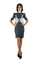 Плаття вишите жіноче, сірого кольору з світло-рожевою вишивкою, на короткий рукав.