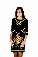 Плаття вишите жіноче, чорного кольору з вишивкою, на 3/4 рукав.