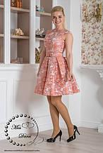 Вечернее платье из жакарда