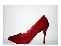 Женские замшевые туфли на шпильке
