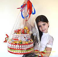 Торт из Киндер шоколада мальчишкам и девченкам