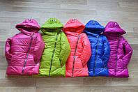 Модная куртка для девочки, в расцветках