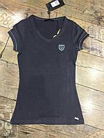 Футболка женская  с логотипом и  вырезами на спине