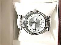 Часы женские Chopard на белом ремешке  150