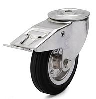 Колеса металлические с литой черной резиной, диам. 125 мм, с поворотным кронштейном с отверстием и фиксатором