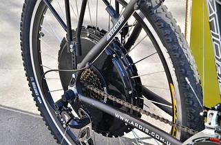 Электровелосипеды и комплектующие к ним