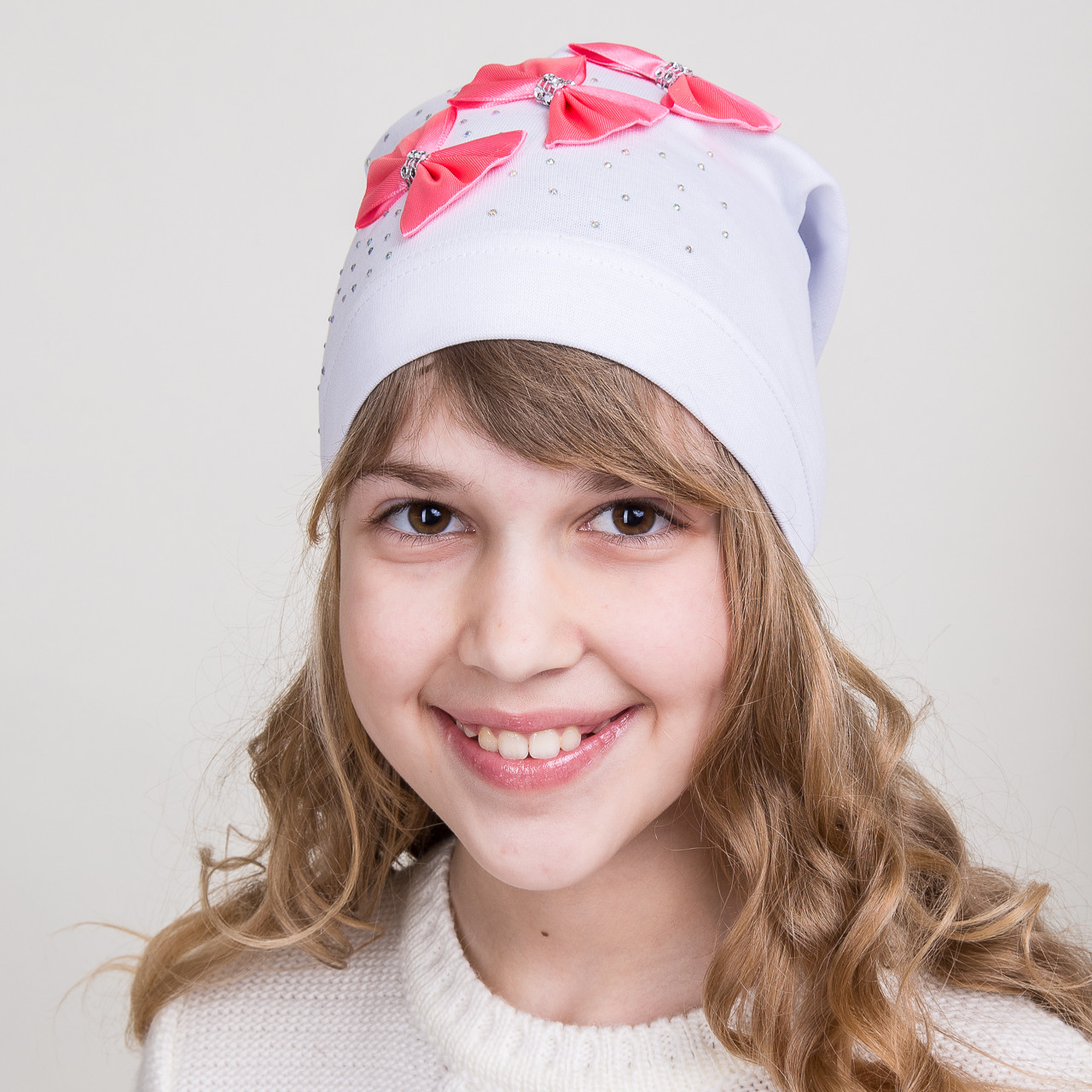 Модная шапка для девочек с тремя бантиками, оптом - весна-осень  - Артикул 1781