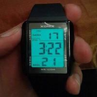 Кварцевые спортивные часы Xonix (black-white)