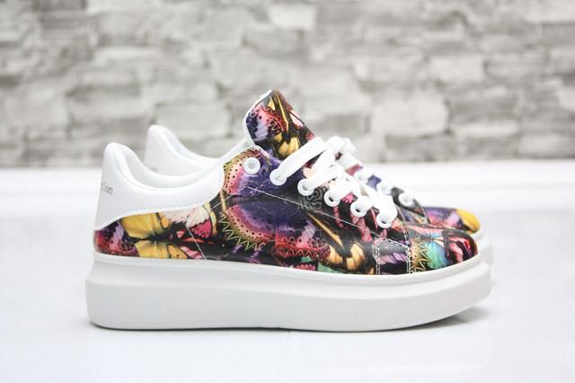Женские оригинальные кроссовки на белой дутой подошве, цена 275 грн ... 58591606126