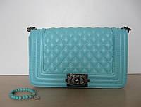 Женская сумочка на плечо в стиле Chanel boy, бирюзового цвета.
