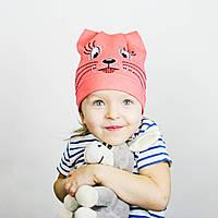 Хлопковая шапочка с рисунком на девочку