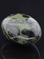 Натуральный камень яшма образец