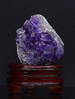 Природный минерал аметист