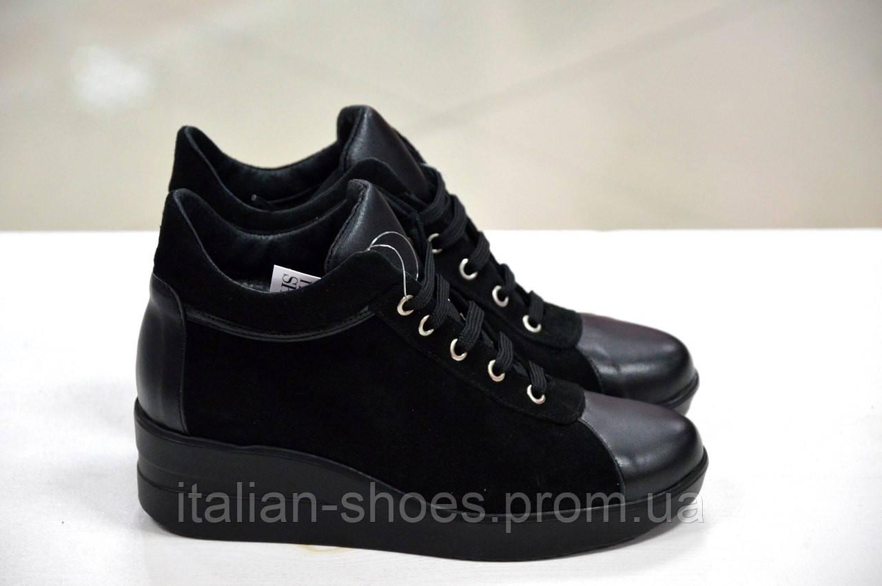 8589895dd881 Женские итальянские замшевые черные туфли на платформе на шнуровке сникерсы  Roberta Lopes