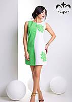 Платье полуприлегающего силуэта без рукавов, аппликация в виде цветов