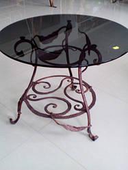 Красота и изысканность кованых столиков