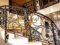 Кованая лестница. Кованое ограждение лестниц
