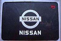 Автомобильный коврик липучка Nissan (185x120)