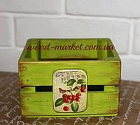 Ящик из дерева для дома