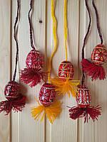 Пасхальные писанки 40х30 на подвеске, подпоясанные красные