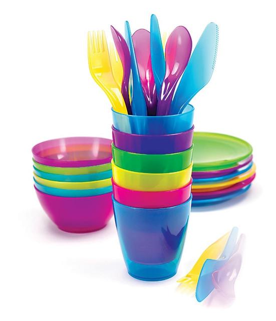 Посуда пластиковая для дачи и пикника