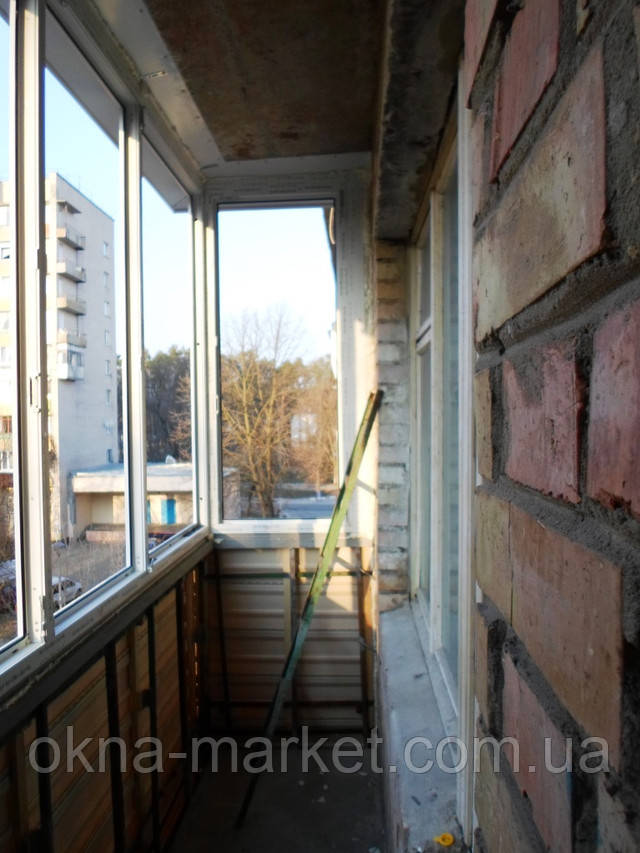 Застеклить балкон под ключ Киев и пригород