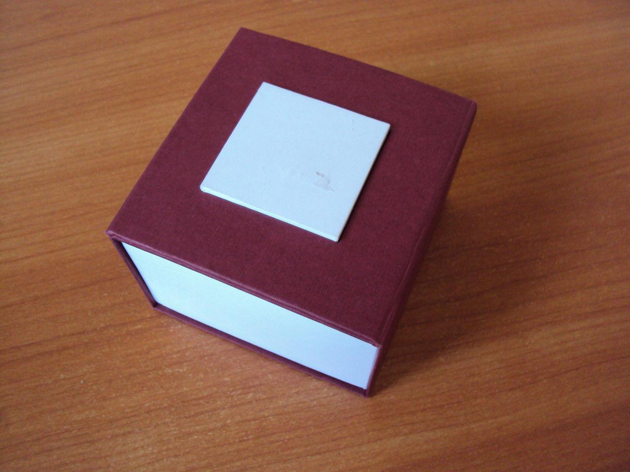 Бордовая подарочная коробка для часов, футляр, шкатулка ( код: IBW028KO )