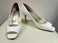 Туфли белые Escada, 39р.