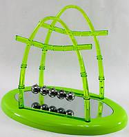 Маятник Ньютона зеленый