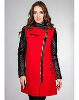 Пальто демисезонное с кожаными рукавами ( разные цвета).