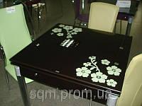 Стеклянный обеденный стол В-2