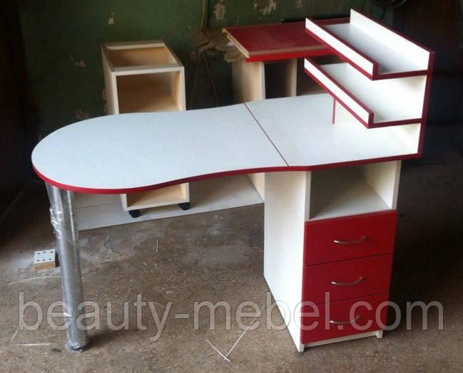 Маникюрный стол  с полочками  красный