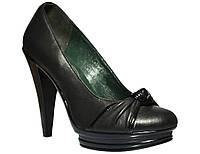 Женские кожаные туфли на каблуке Украина