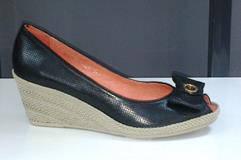 Туфли женские на танкетке натуральная кожа