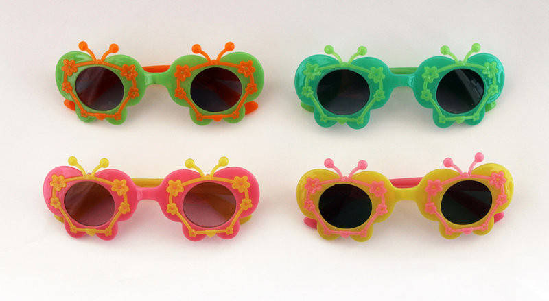 Детские разноцветные солнцезащитные очки для девочек бабочки, фото 2