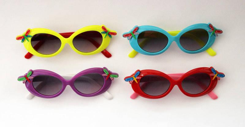 Детские разноцветные солнцезащитные очки для девочек стрекозами, фото 2
