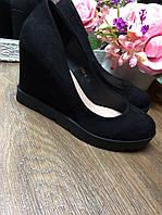 Женские черные туфли на платформе