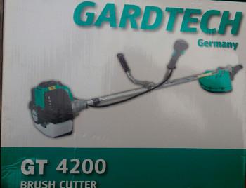 Бензокоса Gardtech GT-4200 (нож+шпуля)