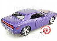 Автомодель (1:18) 2006 Dodge Challenger Concept фиолетовый металлик