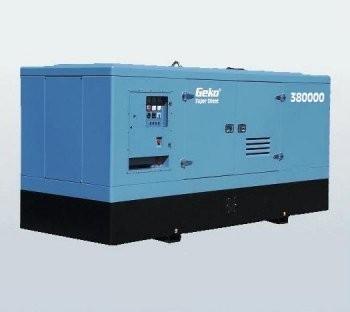 Трехфазный дизельный генератор Geko 380000ED-S/DEDA SS (334 кВт)