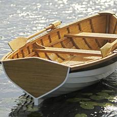 Каноэ и деревянные лодки