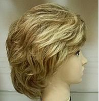 Парик женский из 100% натуральных волос. Теплый блонд.