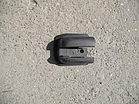 Заглушка салазки здвижной двери правой на Renault Trafic, Opel Vivaro, Nissan Primastar